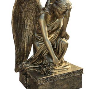 Anioł na nagrobek