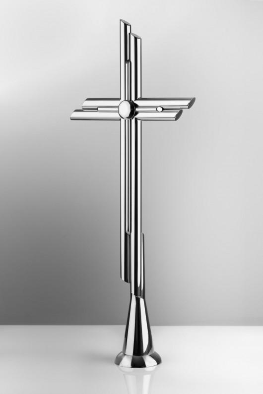 krzyż ze stali
